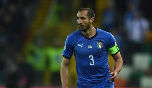 Włosi wygrywają w karnych i awansują do finału Euro 2021